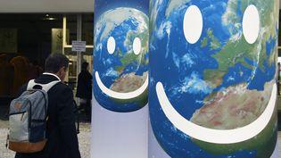 """L'espace """"Générations climat"""" de la COP21, au Bourget (Seine-Saint-Denis), le 3 décembre 2015. (DOMINIQUE FAGET / AFP)"""