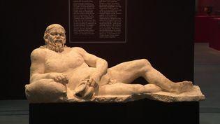 """L'exposition """"Les tables du pouvoir"""" au Louvre-Lens ouverte au public dès le 19 mai 2021 (France 3 Hauts-de-France)"""
