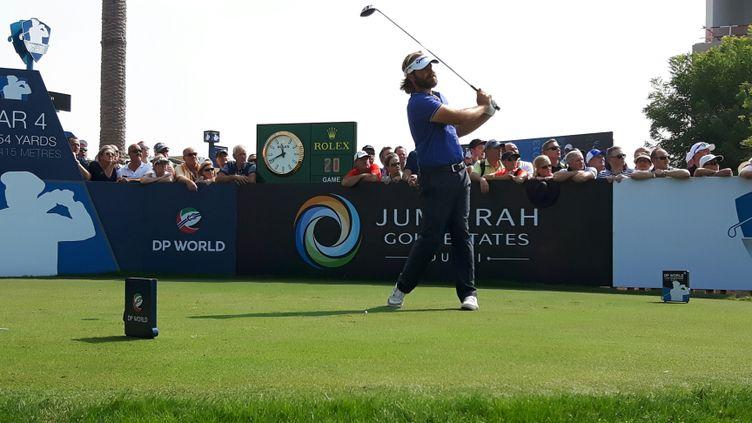 Après une première place au classement dans la grande finale de Dubaï, samedi 19 novembre, Victor Dubuisson se classe, dimanche 20 novembre, 4e du dernier tournoi de la saison européenne de golf. (Fabrice Rigobert / RF)