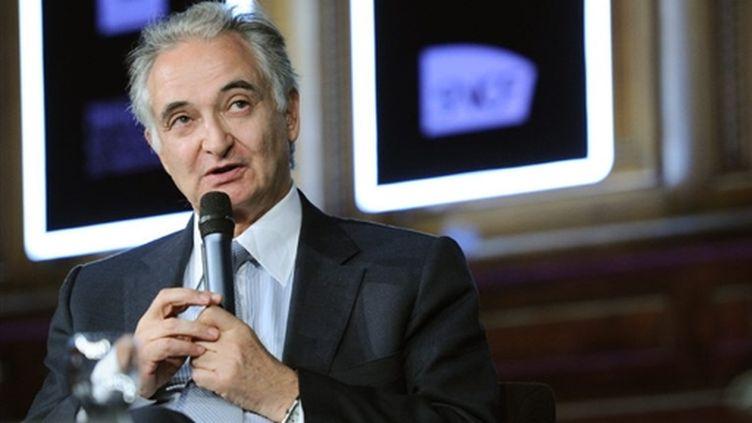 Jacques Attali, le 11 avril 2010, à Paris. (AFP/MIGUEL MEDINA)