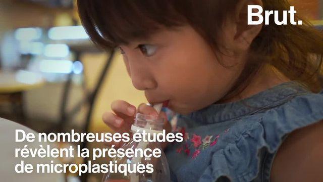 Une récente étude a démontré la présence de microplastique dans les selles humaines.