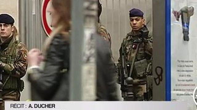 Budget des armées : François Hollande va décider ce mercredi