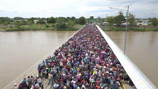 Des milliers de migrants honduriens bloqués à Tecun Uman, au Guatemala, le 19 octobre 2019. (MORENA PÉREZ JOACHIN / DPA / AFP)