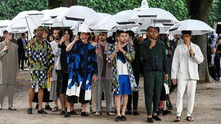 Défilé Homme Plissé Issey Miyake à la Paris Fashion Week printemps-été 2020, le 20 juin 2019 (DOMINIQUE MAITRE/WWD/REX/SIPA / SHUTTERSTOCK)