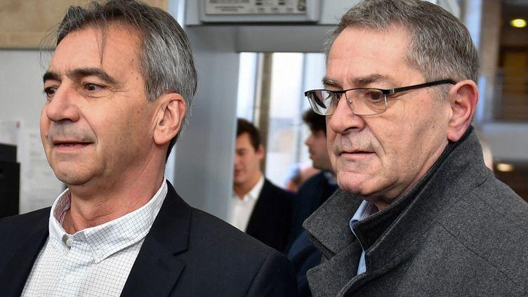 Les pilotes Bruno Odos (à gauche) et Pascal Fauret (à droite), le 18 février 2019 à Aix-en-Provence (Bouches-du-Rhône). (GERARD JULIEN / AFP)