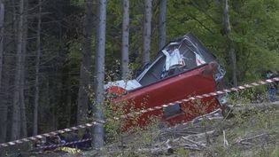 Accident de téléphérique en Italie : l'enquête avance. (FRANCEINFO)