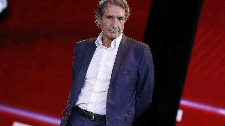 L'animateur de RMC et BFMTV Jean-Jacques Bourdin lors d'une conférence de presse à Paris, le 2 septembre 2015. (THOMAS SAMSON / AFP)
