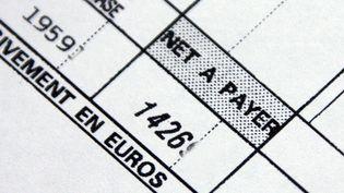 En cas d'augmentation de la CSG, les salaires nets des Français baisseraient mécaniquement. (MOUILLAUD RICHARD / MAXPPP)