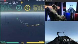 Capture d'écran d'une phase de combat aérien simulé entre un pilote de chasse américain et une intelligence artificielle, le 20 aout dernier, sur la chaine TV de la Defense Advanced Research Program Agency (@DARPA)