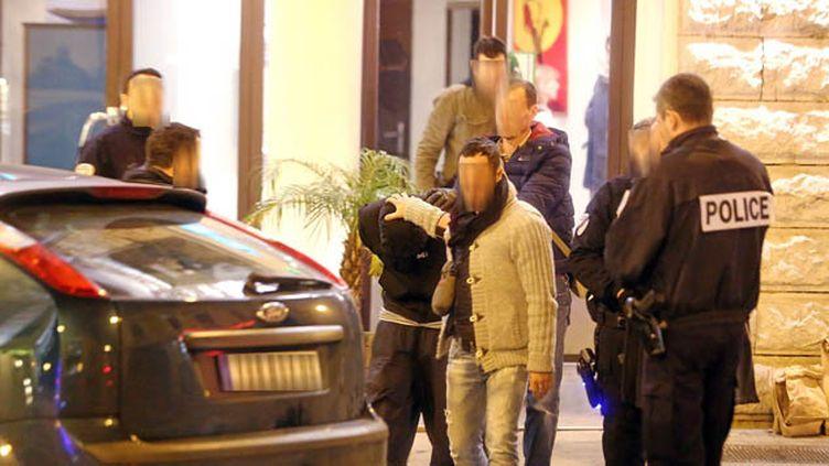 (Interpellation de l'homme soupçonné d'avoir agressé trois militaires à Nice © Maxppp)