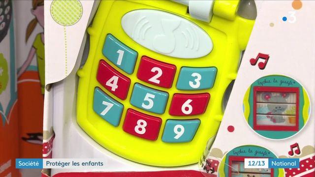 Téléphones portables : protéger les enfants