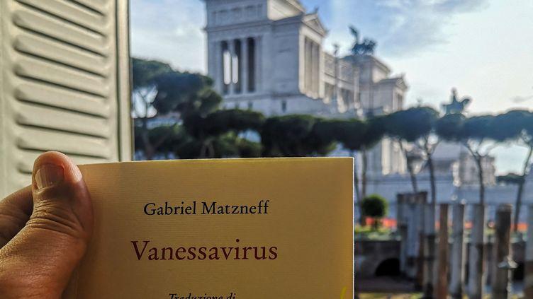 """""""Vanessavirus"""" de Gabriel Matzneff publié en Italie (STRINGER / AFP)"""