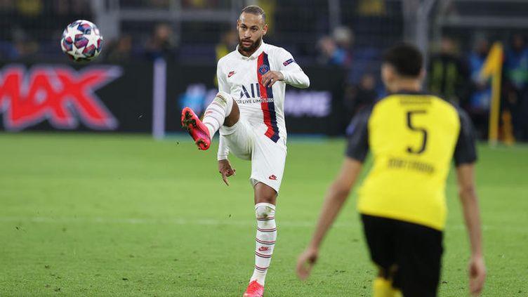 La vedette du PSG, Neymar, face à Dortmund, en huitième de finale aller de la Ligue des champions, le 18 février 2020. (AUGENKLICK / FIRO SPORTPHOTO / AFP)