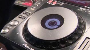 DJ (FRANCE 3)