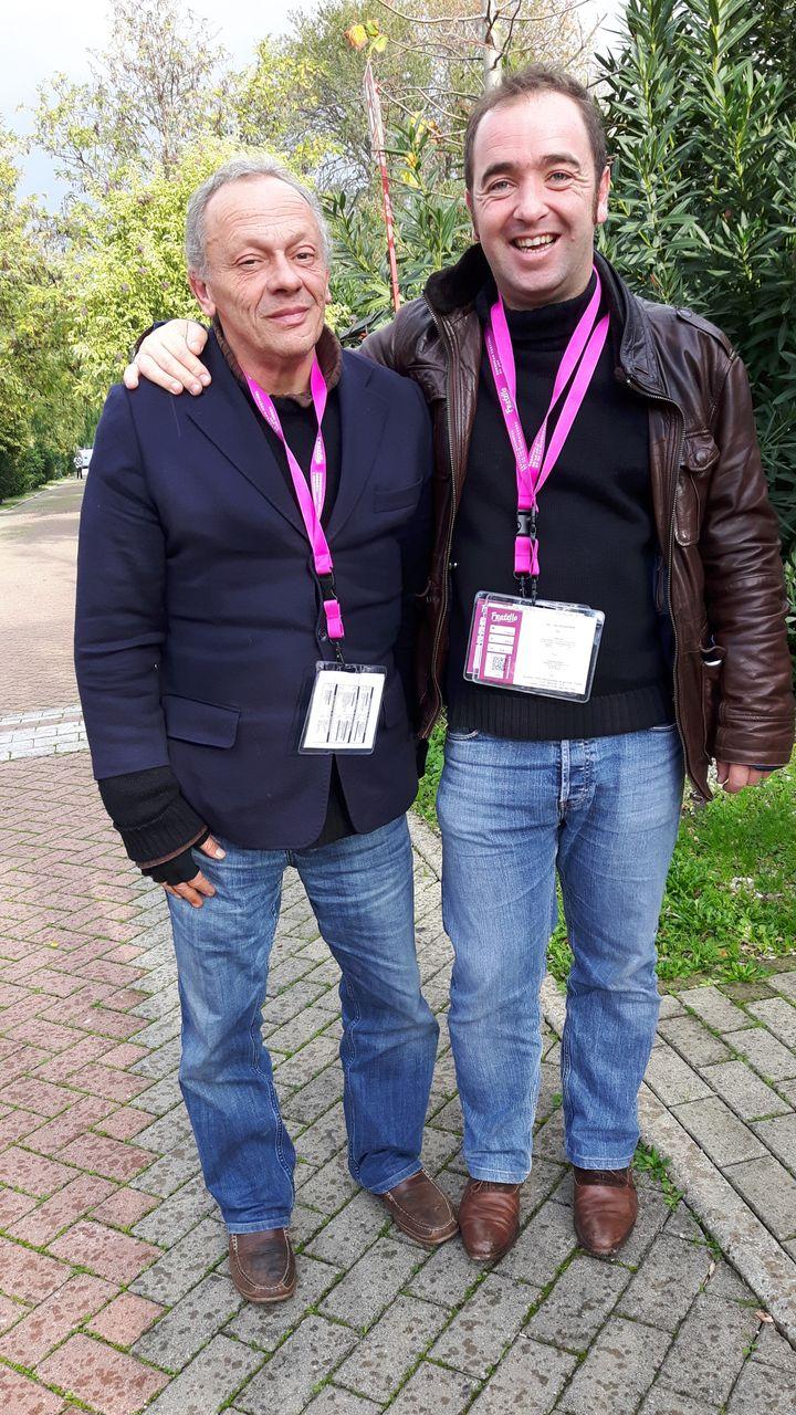 Marc (ancien sans-abri) et Eric, en colocation solidaire depuis septmois à Lyon. (MATHILDE IMBERTY)