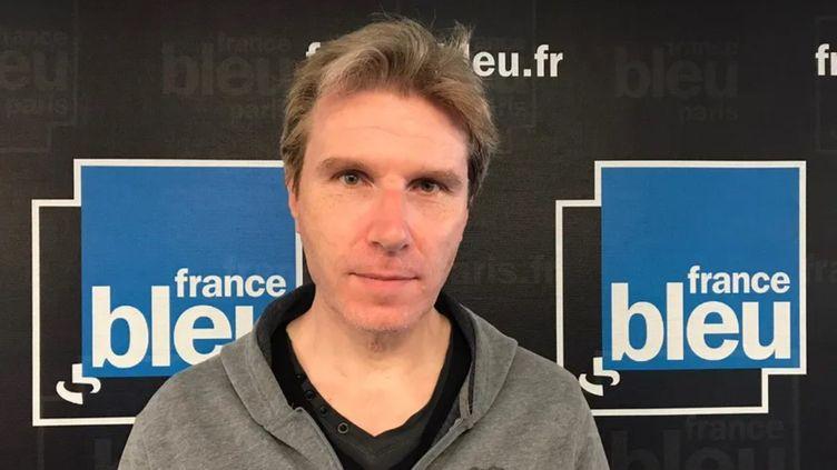 Jérôme Pimot, ex-livreur et porte-parole du CLAP 75, le 2 juin sur France Bleu Paris. (SOIZIC BOUR / RADIO FRANCE)
