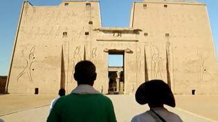 Cette semaine, France 2 vous emmène sur un fleuve mythique, le Nil, pour une croisière féerique, à bord d'un voilier traditionnel à la découverte des trésors antiques. (France 2)
