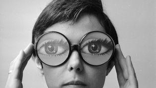 """""""Des yeux sur des lunettes ! (KEYSTONE / HULTON ARCHIVE)"""
