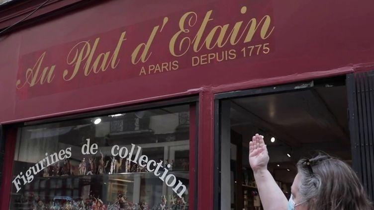ÀParis, dans le quartier de Saint-Germain-des-Prés, se trouve une boutique incroyable pour les collectionneurs de figurines. (CAPTURE ECRAN FRANCE 2)