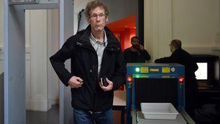 Gilles Bertin, à son arrivée à la cour d'assises de Haute-Garonne. (REMY GABALDA / AFP)