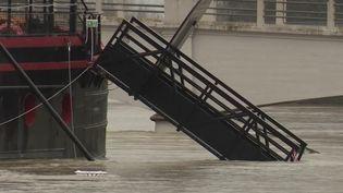 Angoulême et Saintes : des évacuations suite à la crue de la Charente (France 3)