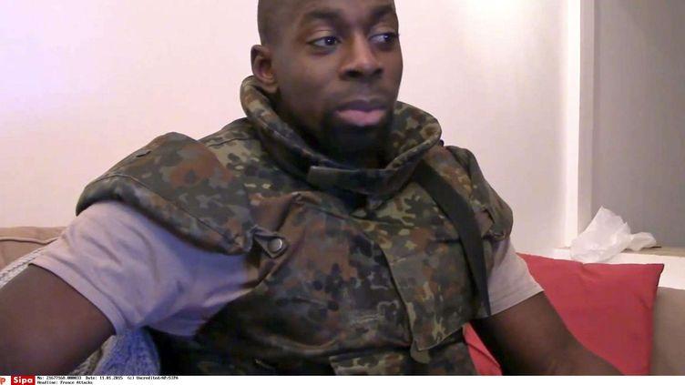 Capture d'écran d'une vidéo d'Amedy Coulibaly, publiée le 11 janvier 2015. (AP / SIPA)