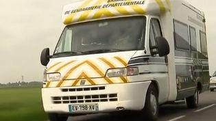 camping car gendarmerie (FRANCE 2)