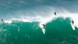Pour trouver les plus belles vagues du golfe de Gascogne, il faut se rendre au sud de Biarritz, dans le Pyrénées-Atlantiques. (FRANCE 2)