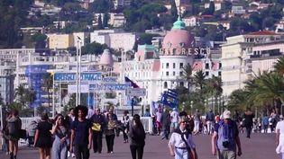 Tourisme : les réservations au beau fixe pour les vacances de la Toussaint (France 2)