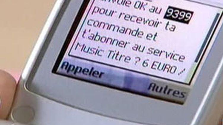 Téléchargement sur mobile (© F2)