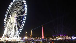 La grande roue, place de la Concorde à Paris, le 30 novembre 2016. (LUDOVIC MARIN / AFP)