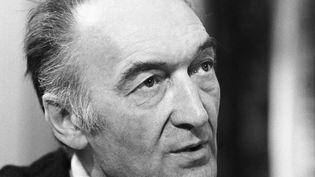 Jean Vilar, une vie pour le théâtre  (James, Claude / INA  )