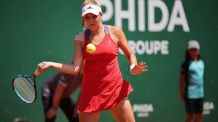 La Française Clara Burel s'est inclinée contre Tamara Zidansek en finale du tournoi de Lausanne, dimanche 18 juillet 2021. (PIERRE ALBOUY / AFP)
