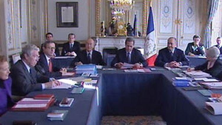 La réunion du Conseil constitutionnel du 15 novembre sur la loi sur l'immigration (France 3)