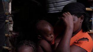 Mozambique : trois semaines après la terrible attaque terroriste, des survivants témoignent (FRANCE 2)