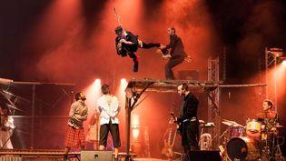 Extreme Night Fever par le Cirque inextremiste  (Solene Mossard)