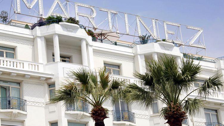 Le Martinez à Cannes et le Concorde Lafayette à Paris rachetés par les fonds du Qatar le 22 juin 2012. (PASCAL GUYOT / AFP)