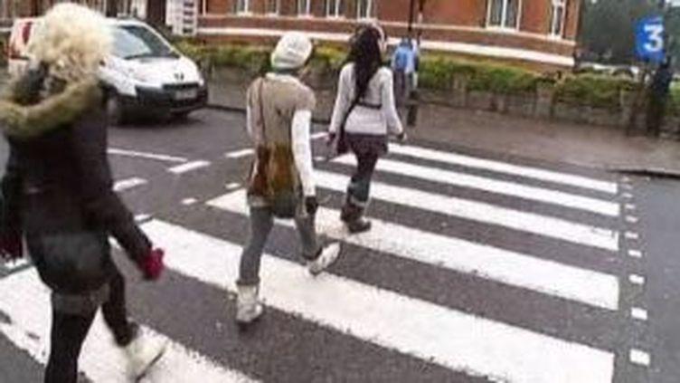 Le passage piéton d'Abbey Road entre au patrimoine britannique  (Culturebox)