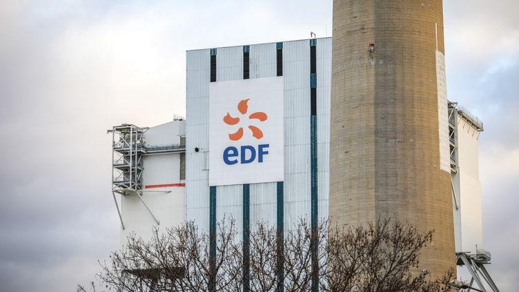 Une usine EDF au Havre, en janvier 2020. (LOU BENOIST / AFP)