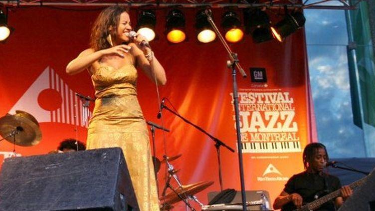 Mayra Andrade au Festival International de Jazz de Montréal  (NADIA ESPINOSA / NOTIMEX)