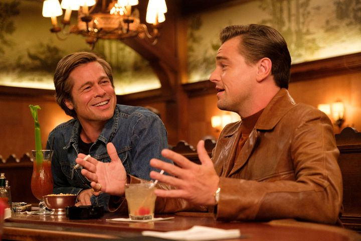 "Brad Pitt et Leonardo DiCaprio dans le film ""Once Upon a Time...In Hollywood"" de Quentin Tarantino. (Sony Pictures Releasing France)"