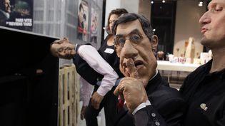 """Des marionnettes des """"Guignols de l'info"""", photographiées en octobre 2012. (KENZO TRIBOUILLARD / AFP)"""