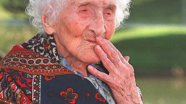 Jeanne Calment, le 18 octobre 1995 à Arles (Bouches-du-Rhône). (GEORGES GOBET / AFP FILES / AFP)