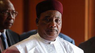 Le président nigérien Mahamadou Issoufou lors de la 6e conférence du Fonds mondial de lutte contre le sida, le paludisme et la tuberculose, à Lyon en octobre 2019. (LUDOVIC MARIN / POOL)