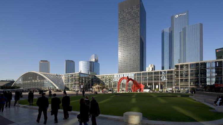 La Défense (Hauts-de-Seine), avec la tour Areva et les tours Total (à droite), le 9 mai 2012. (GERALD MORAND / ONLY FRANCE)
