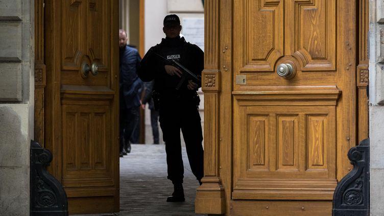 La préfecture de police de Paris le 25 avril 2017. (AURELIEN MORISSARD / MAXPPP)