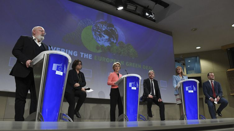 Lors de la présentation du Pacte vert de la Commission européenne, le 14 juillet 2021. (JOHN THYS / AFP)
