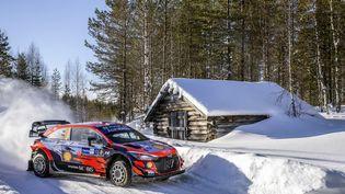 Ott Tänak sur la neige finlandaise. (NIKOS KATIKIS / NIKOS KATIKIS)