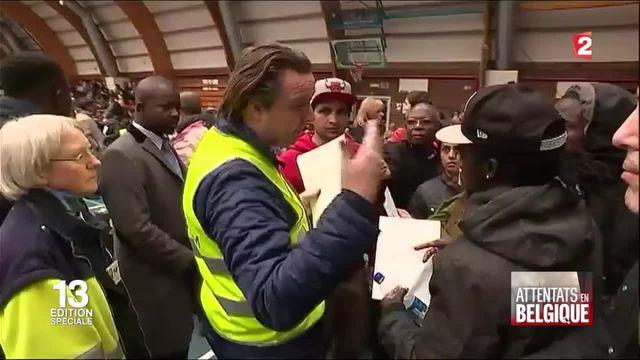Attentats à Bruxelles : les passagers de l'aéroport sous le choc