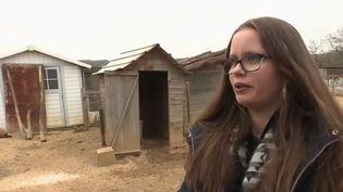 Émilie, 15 ans, a eu l'idée de créer une cagnotte afin d'essayer de sauver sa famille de l'endettement. (CAPTURE D'ÉCRAN FRANCE 2)